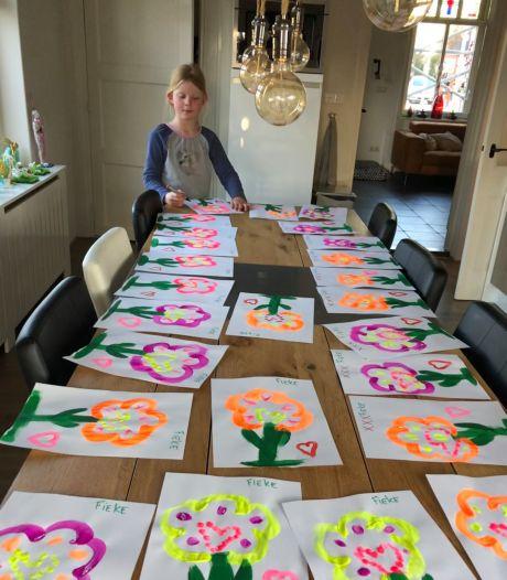 Fieke (7) maakte 260 tekeningen: Voor Hein (86). En voor de rest van De Zandley