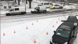 Politie en douane innen 12.000 euro boetes in de sneeuw