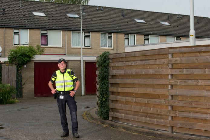Politieagent Toon Ruiken achterhaalde de nepinspecteur op zijn vrije dag.