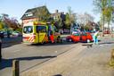 De motorrijder raakte gewond na een botsing met een auto in Eindhoven.