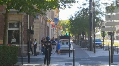 """Gijzeling aan de gang in Le Havre: """"Verschillende bankmedewerkers en klanten kunnen niet weg"""""""