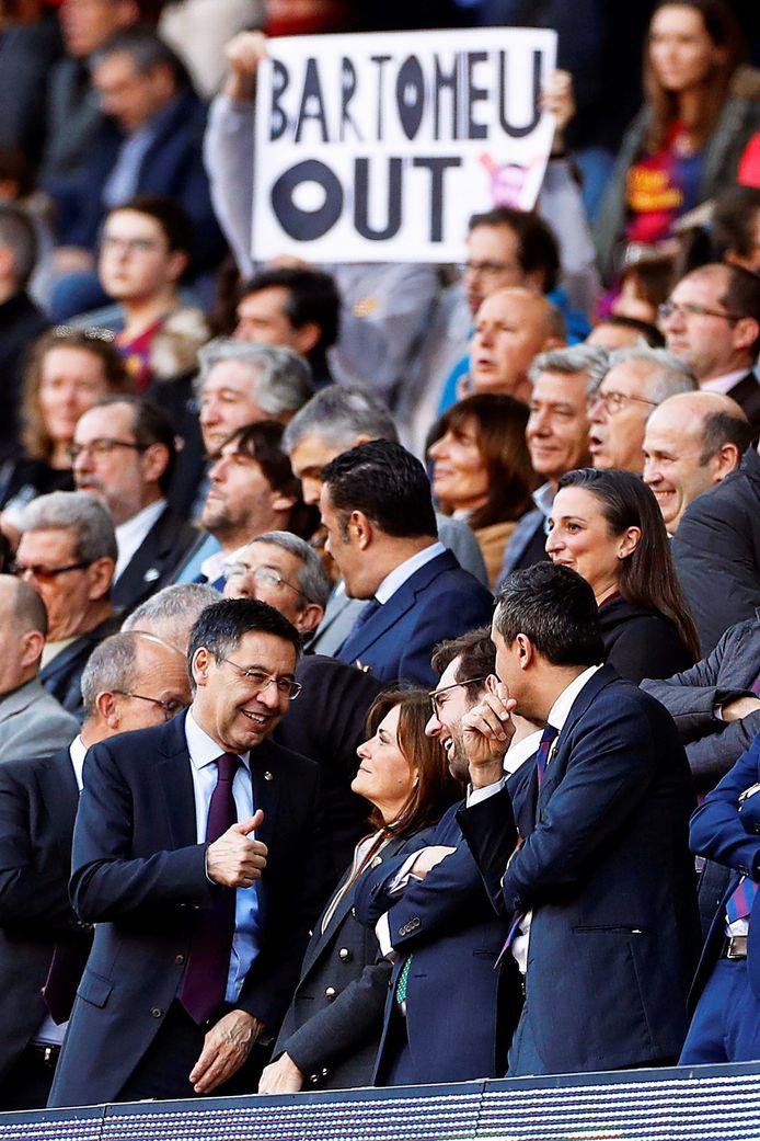 Gaan na de fans ook de spelers in opstand komen tegen Josep Maria Bartoméu (l)?