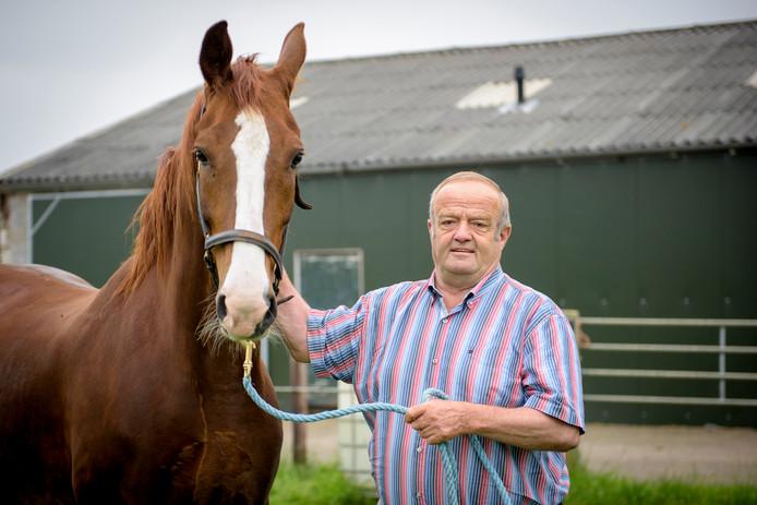 Varkensboer Jan Hoppenbrouwers is na jarenlang (sinds 2006) in de clinch te hebben gelegen met de provincie en de gemeente Reusel-De Mierden in het gelijk gesteld door de Raad van State.
