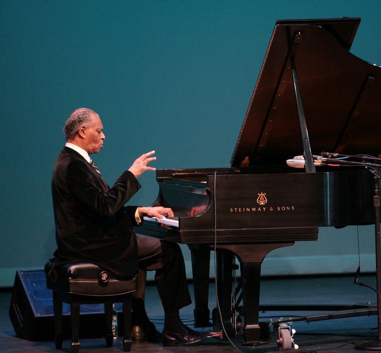 McCoy Tyner tijdens een optreden in 2009 op het Berks Jazz Festival. Beeld Redferns