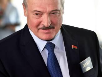 Wit-Russische president  Loekasjenko zegt op te stappen zodra nieuwe grondwet van kracht wordt