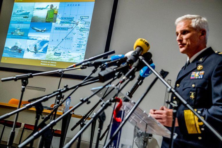Directeur Directie Operaties Defensie, generaal-majoor der Mariniers Richard Oppelaar, geeft een toelichting op de situatie op het door orkaan Irma getroffen eiland Sint-Maarten Beeld anp