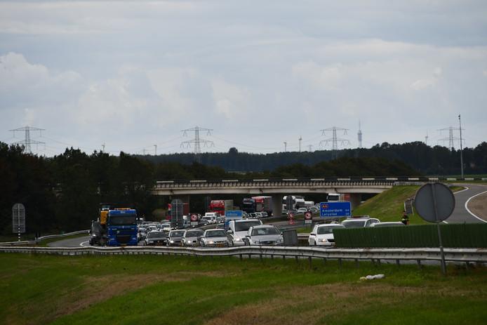 Op vrijdag 31 augustus heeft er op de A6 bij Swifterbant een ongeval plaatsgevonden met zes voertuigen.