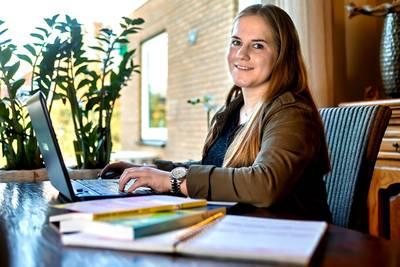 Studie of werk in buitenland? Dan krijgt gemeenteraadslid geen vervanger