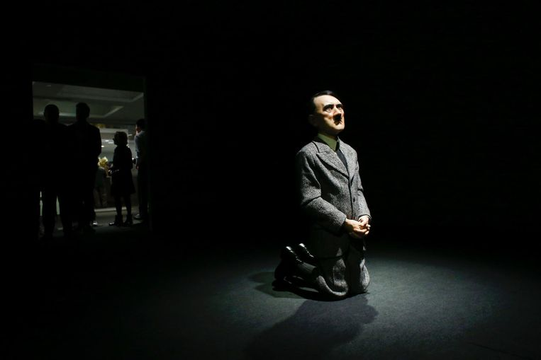 Het kunstwerk 'Him' van Marizio Cattelan. Beeld null