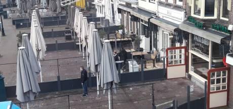 Binnenstad Gouda lijkt zich voor te bereiden op ongeregeldheden