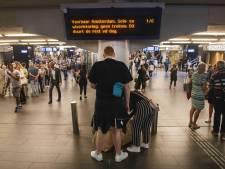 Delftse treinreizigers dupe van grote storing rondom Amsterdam