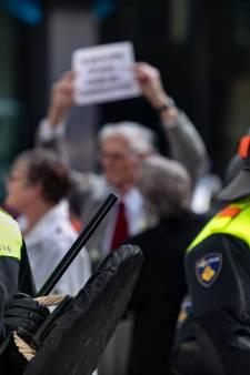 Ook drie minderjarigen aangehouden tijdens rellen rond Pegida-demonstratie in Eindhoven