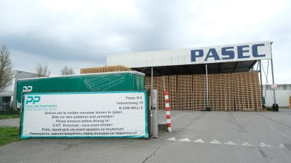 Pallettenfabrikant schrapt 107 van 137 banen