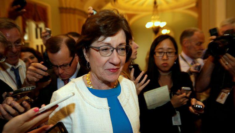 Senator Susan Collins staat verslaggevers te woord. Beeld null