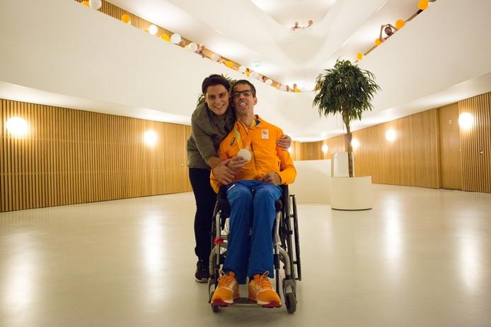 Perez met zijn vriendin.