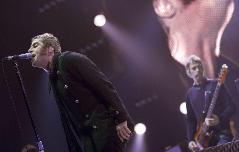 Lead-zanger Liam Gallagher (links) speelde in de Heineken Music Hall zoals altijd weer Zijne Coolheid zelve. Foto ANP/Marcel Antonisse Beeld
