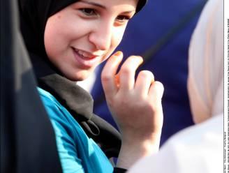 Katholiek onderwijs en scholieren verwerpen algemeen hoofddoekverbod