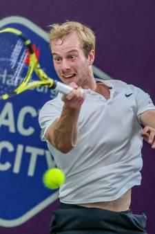 Van de Zandschulp verslaat Italiaanse tiener, Schoofs niet naar Australian Open