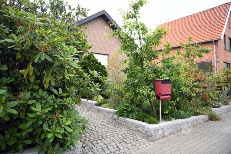 Een 65-jarige vrouw uit Bierbeek is donderdagnamiddag overvallen in haar eigen huis in de Bergenlaan in Korbeek-Lo.