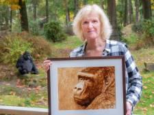 Al bijna vijfhonderd euro geboden voor koffie-schilderij van gorilla Jambo
