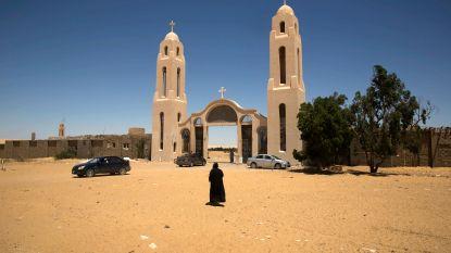 Zeven doden bij IS-aanslag op bus met koptische christenen in Egypte