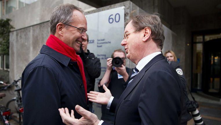 Werkgeversvoorman Bernard Wientjes (r) met minister van Economische Zaken Kamp. Beeld ANP