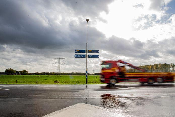 Het uitzicht op de Maas en Waalweg: een vlak en groen landschap. Wat doet dat met je geest?