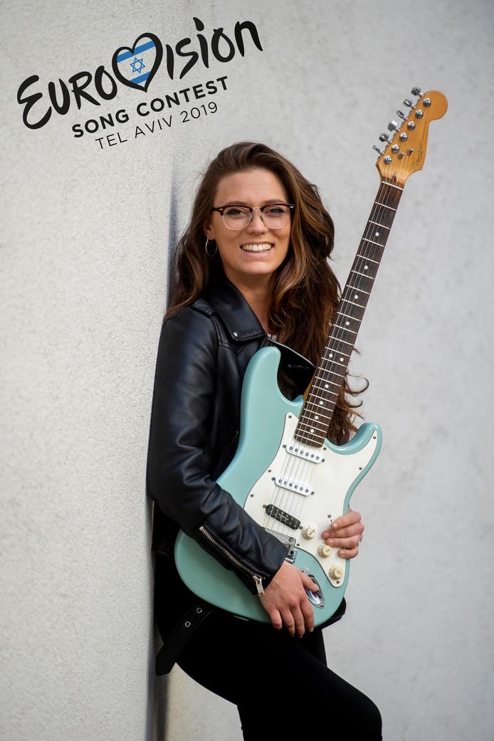 Tilburg Rock Academie Gitarist Carlota Lopez van de Logt