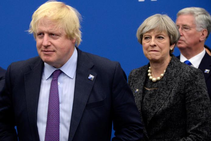 Theresa May et Boris Johnson, qui pourrait bien lui succéder.