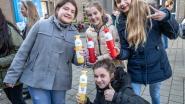 Leerlingen en personeel VMS massaal aan de herbruikbare fles