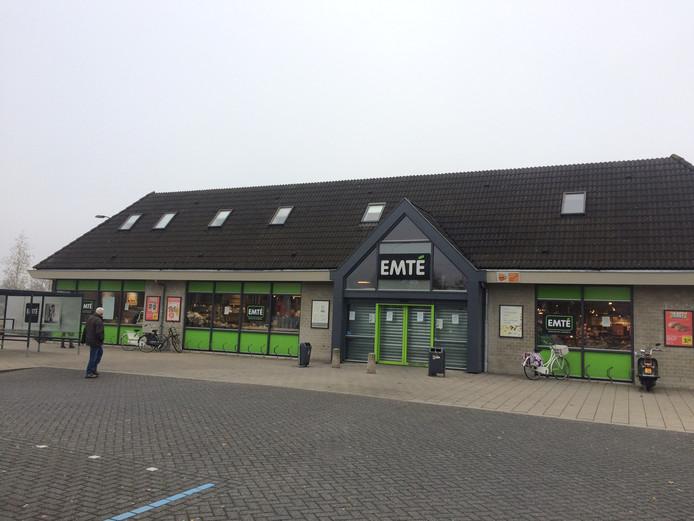 De EMTÉ-supermarkt aan de Losplaats in Uden is dicht vanwege een muizenplaag.