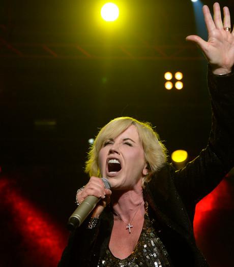 Doodsoorzaak Cranberries-zangeres voorlopig nog niet duidelijk