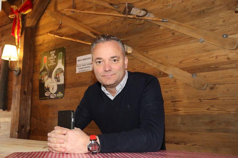 Peter De Groote in de winterchalet.