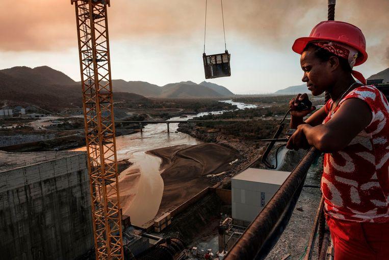 Veel Ethiopische burgers hebben ook geld geïnvesteerd in de Grote Renaissancedam.  Beeld AFP