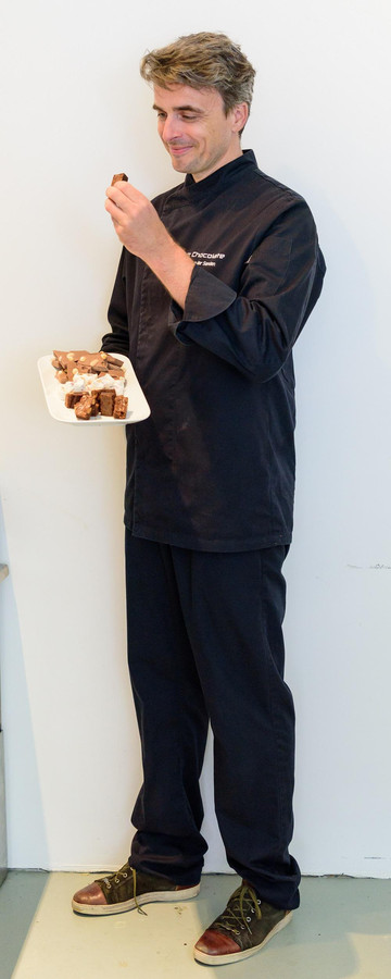 Tim van der Sanden wil chocolade maken die 'hoog en vol' is.
