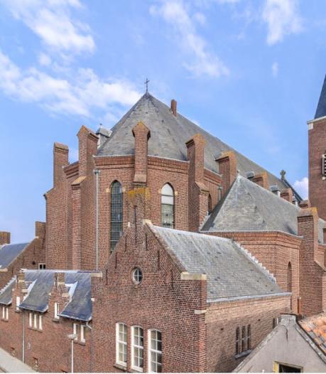 Kerkgebouw Dinteloord krijgt 24 appartementen, omwonenden kritisch over parkeren en privacy