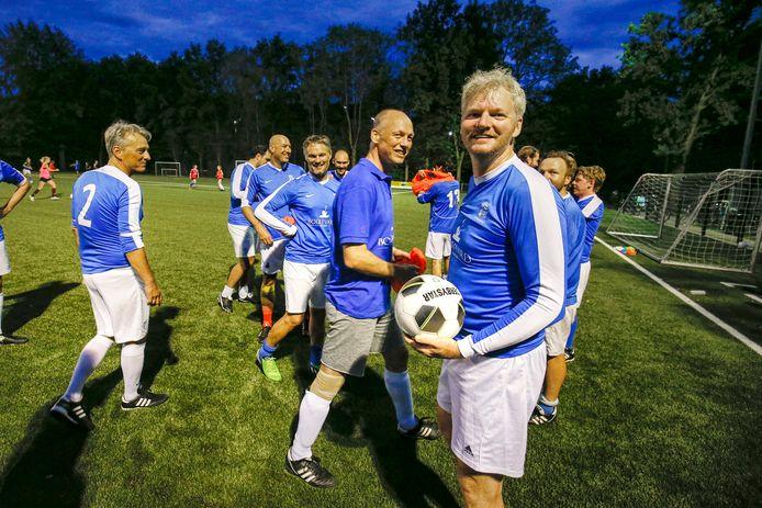 Het Utrechtse Kampong 26 speelt zaterdag tegen het andere laagste elftal van Nederland.