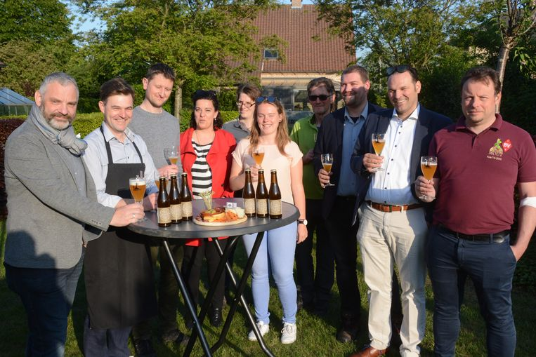De collega's van Bier Verenigt zijn alvast laaiend enthousiast.