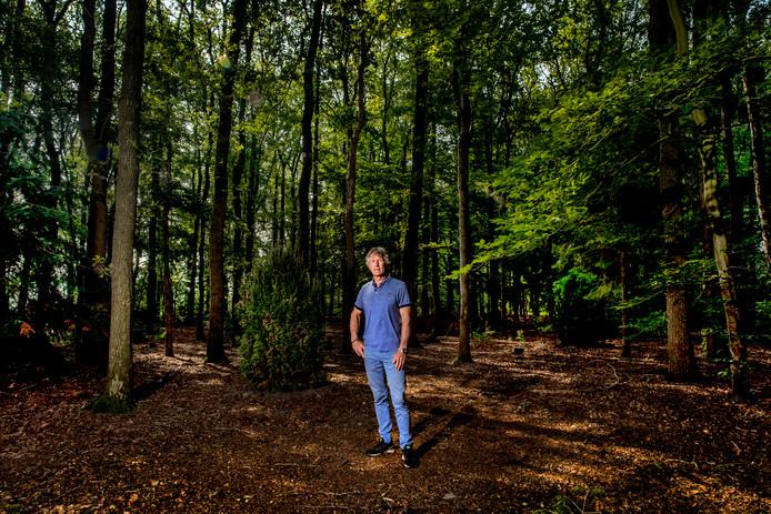 Gertjan Verbeek in zijn 'tuin' in Dalfsen.