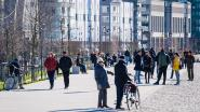 #Blijfinuwkot maar niet in Antwerpen: mensen genieten samen van de zon op de Scheldekaaien