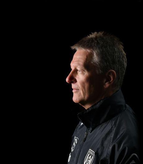 Heracles-trainer Frank Wormuth: 'Ik hoop dat doorsnee in voetbal weer doorsnee wordt'