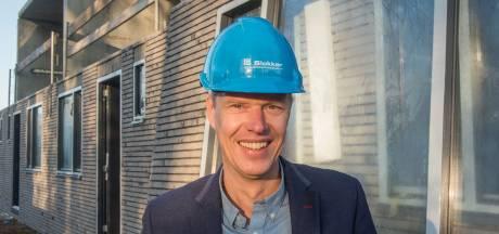 Bouwbedrijf Slokker belooft 'diepgaand onderzoek' naar omstreden prefab-woningen