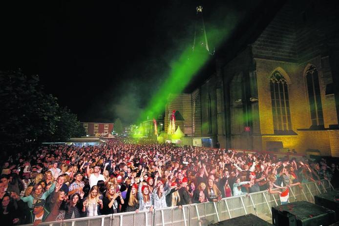 De enige keer dat Stadsfeest en Buitengewoon samen waren, tijdens de editie van 2015.