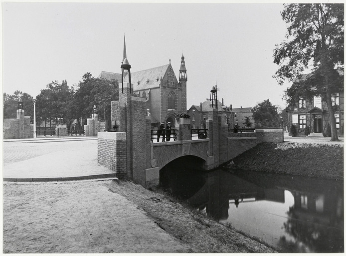 Haagpoortbrug in vroeger jaren (1929)
