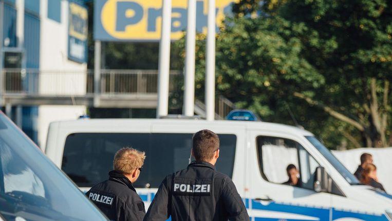 Veiligheidstroepen voor de bouwmarkt. Beeld epa