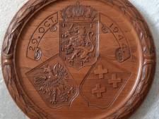 Wie maakte dit mysterieuze herdenkingsbord van de Bredase bevrijding?