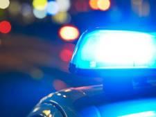 Korte achtervolging in Oosterhout: auto komt tot stilstand na botsing met politiewagen