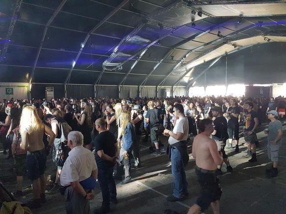 Fans van Hexa Mera in de Metaldome