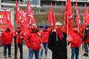 Een twintigtal militanten van ABVV kwamen donderdag samen aan het Antwerps justitiepaleis.