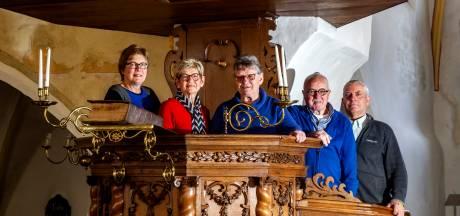 Kerkdienst in streektaal in Wijhe: 'God met 'oe' of 'ie', zo klinkt dat nu eenmaal'